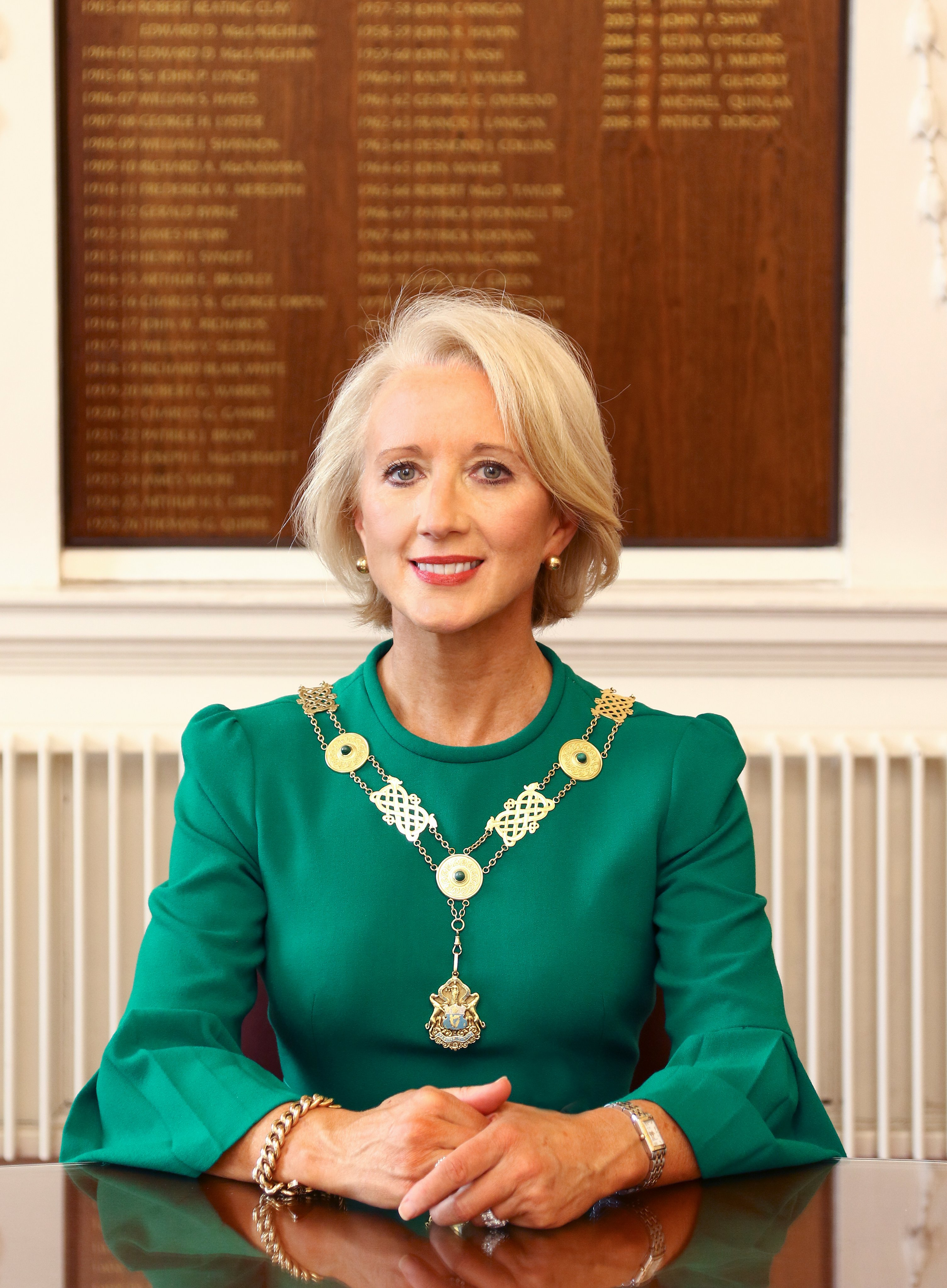 Michele O'Boyle becomes first woman to head Law Society in 15 years