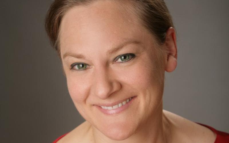 Dr Nina C. Leuck