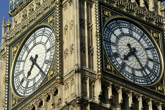 England: Thousands of law firms and half of law centres at risk of closure