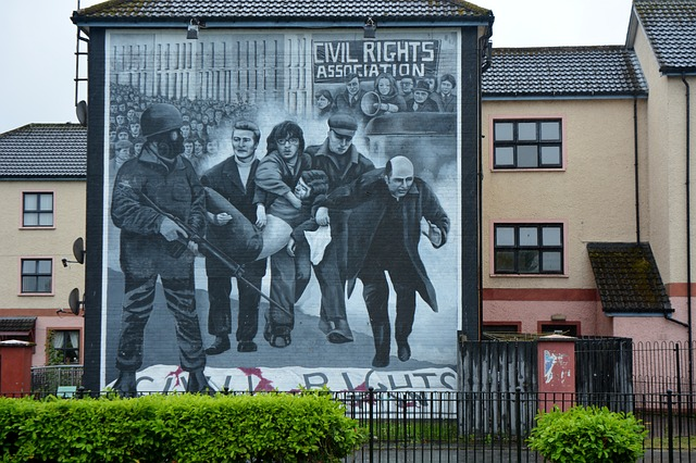 NI: Decision not to prosecute 15 former soldiers over Bloody Sunday upheld