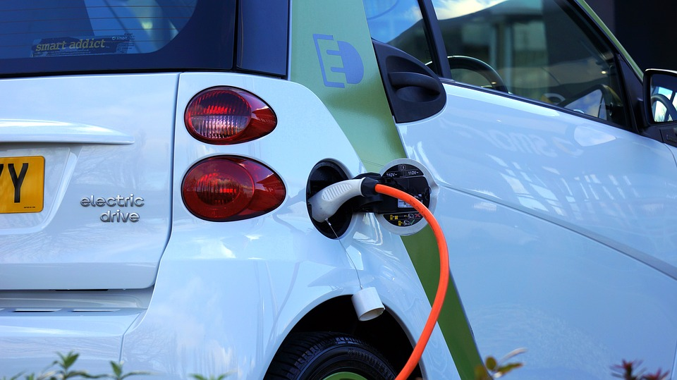 New law requires public bodies to use more electric vehicles