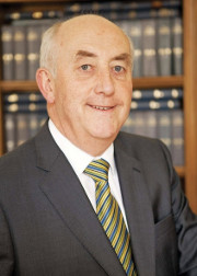 Mr Justice Kelly to join experts in appraisal of Mediation Act 2017