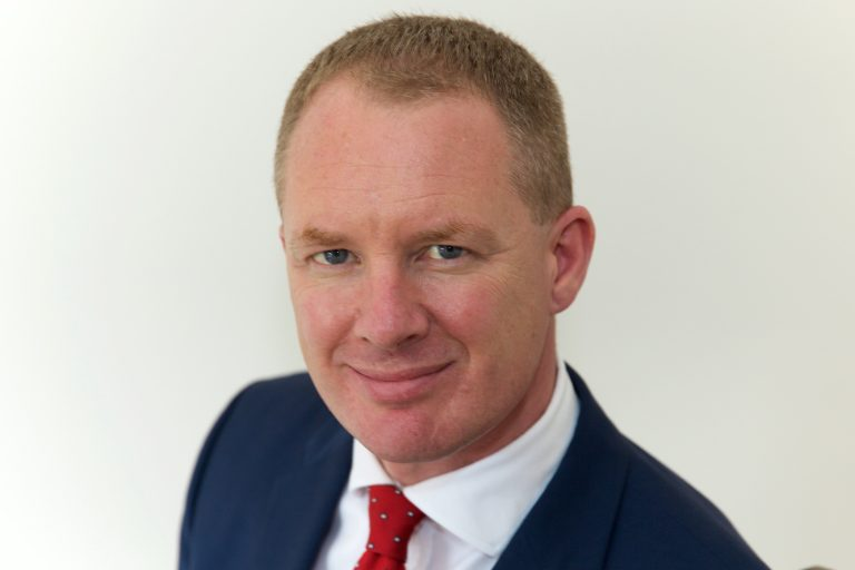 Moloney Solicitors launches proceedings over defective intraocular lenses