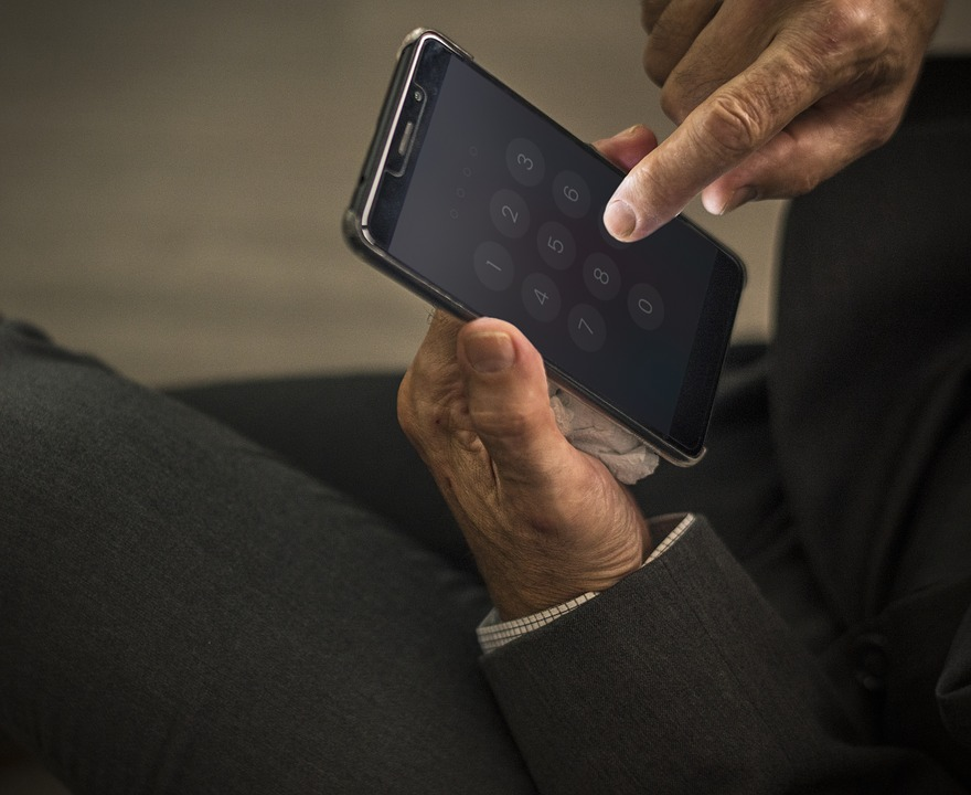 Individuals may be entitled to know if State has sought personal data from telecoms providers