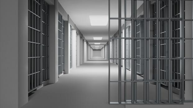 NI: Parental contact to be allowed during prison visits